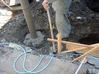 家建て替え 杭工事 セメント注入
